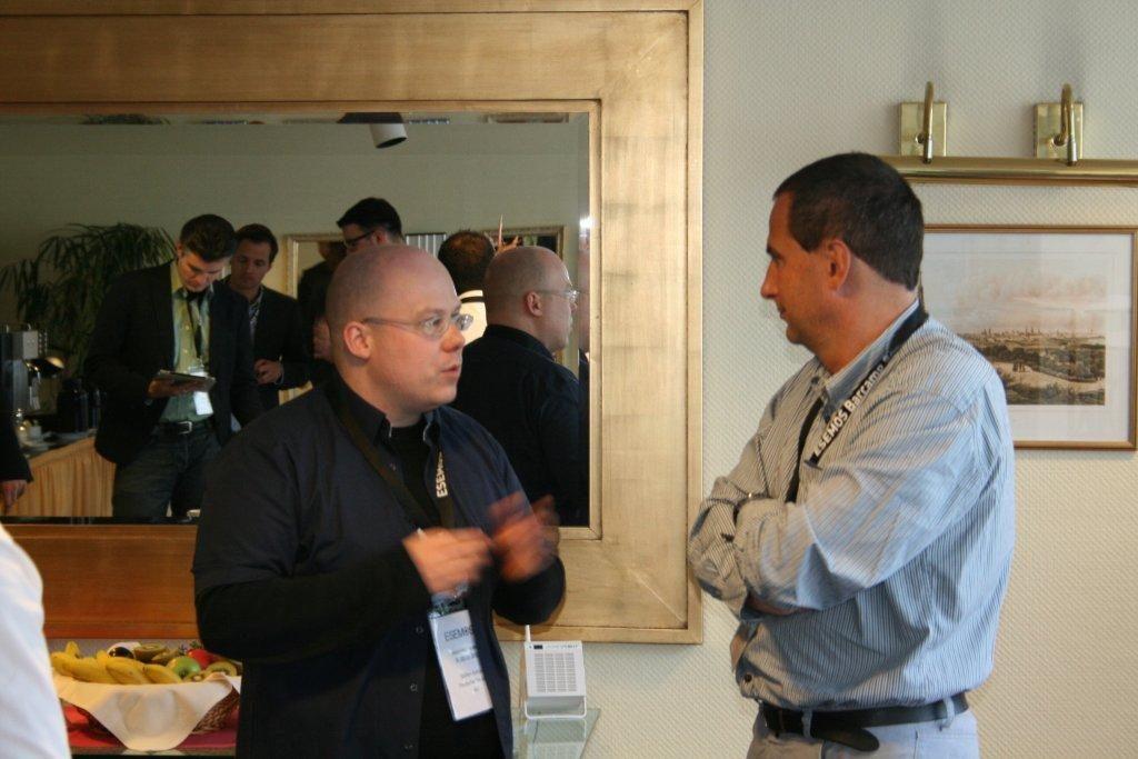 Kaffeepause Stefan Antoni (links), Reinmar Hantke (rechts)